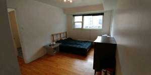 Apartment for rent! Big 4 1/2 furnished.