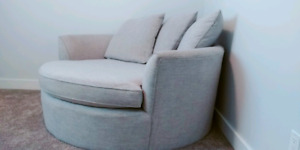 """*Like New* (Made To Order) 60""""  Stylus Nest Chair"""