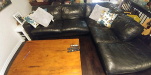Leather sectional couch /pullout queen