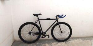 Brand New Fixie, Single Spd Road Bike(meidum size)