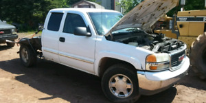 Parting out- 2000 gmc 4.8 4x4