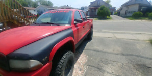 Lifted 2004 Dodge Dakota