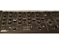 "Mixer - Unimark 200FX Mixer Numark 200fx is a compact 19"" mixer with multiple inputs"