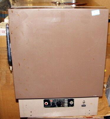 Lab-Line Instruments 3600M Vacuum Oven