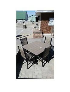 Outdoor Patio Dining Table & 4 Chairs