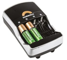 Duracel CEF15GBL NiMH 15 Minute Battery Charger