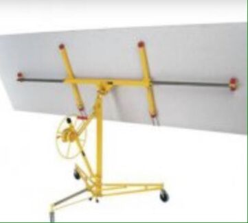 Panel lifter and ceiling props