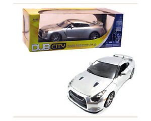 1:18 Scale DUB 2009 Nissan Skyline GT-R  R35 - Silver or White
