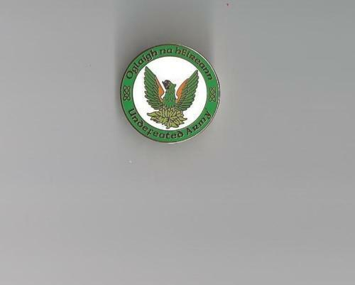 Oglaigh Na hEireann Undefeated Army Pin Badge - Irish Republican Rebel Enamel