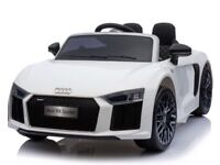 AUDI R8 ELECTRIC RIDE ON CAR BRAND NEW