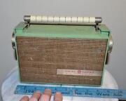 Vintage GE Transistor Radio