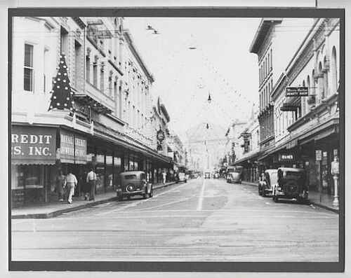 CHRISTMAS AT FORT STREET 1930
