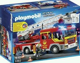 £28 Brand new Playmobil lights and sounds fire engine 5362