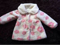 Absolutely stunning faux fur coat age 4-5
