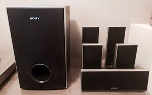 6 pieces Sony Surround sound speaker system with subwoofer