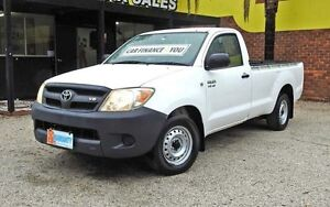 2005 Toyota Hilux GGN15R MY05 SR White 5 Speed Automatic Utility Upper Ferntree Gully Knox Area Preview