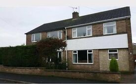 Unfurnished 3 Bedroom Semi Detached House in quiet cul-de-sac to Let