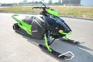2018 Arctic Cat M8000 Mountain Cat