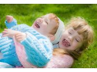 Family portrait photographer - Timeless family, baby & children's photography, Oxfordshire