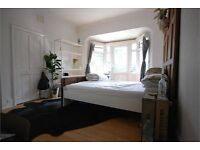 Huge 4 bed with garden ***must see***