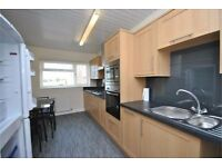 2 bedroom apartment to rent in Ilford available now