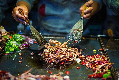 Nirgendwo sonst ist das Essen so frisch und köstlich wie an den Straßenständen Asiens. (© Thinkstock über The Digitale)