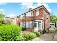 SPACIOUS 3 BEDROOM HOUSE LOCATED IN KINGSBURY LONDON SHORT LET FOR £2,500PCM! PRIVATE GARDEN!