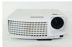 Giant screen home theatre projector