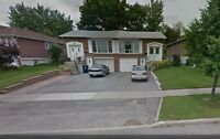**3 Driveway Parking Spots Finch/404 Seneca College North York**