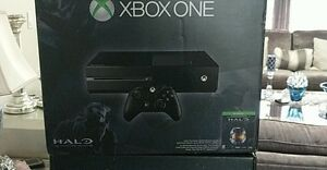Xbox one brand new!! halo edition + controller
