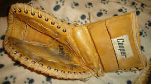 RIGHT HANDED CATCH GOALIE TRAPPER Cooper Jr model GM12, leather.