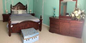 Queen size   4 Pieces bedroom set