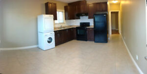 Bright and clean 1 bedroom suite - 49th Ave E and Victoria Dr