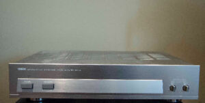 Vintage Yamaha Natural Sound 2/4 Channel Power Amplifier
