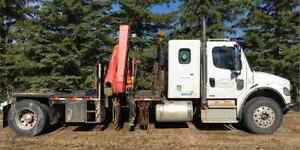 2011 freightliner picker truck and trailers and accessories