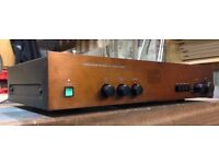 Proton AM-200 Integrated Stereo Amplifier. Similar to NAD.Phono stage