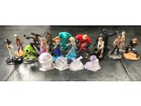Disney Infinity figures, game and game pieces