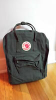 "Fjallraven Kanken - Forest Green Laptop 13"" - Unisex"