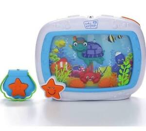 SEA DREAM SOOTHER crib toy
