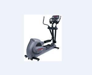 Life Fitness 9500HR Elliptical