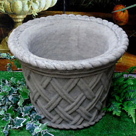 Christmas Tree Large Stone Pot - Basket Weave Design