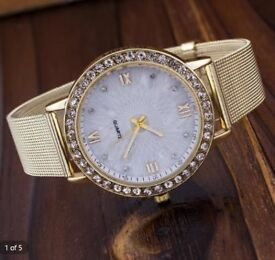 Women Geneva Diamond Analog Stainless Steel Quartz Wrist Watch