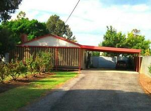 Beaut country Hideaway in the middle of town Wakool Wakool Area Preview