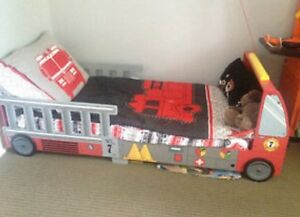 Excellent condition FIRE TRUCK bed