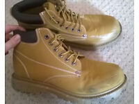 Mens brown EarthWorks safety boots metal toe size 6