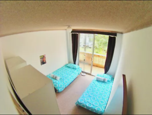 Lovely room with balcony for 2 girls in a 4ppl flat