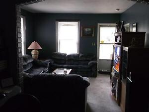 1 FULLY FURNISHED ROOM IN NICE, CLEAN, QUIET, COZY HOME!!!