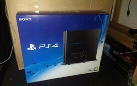 ps4 very good condition and with 5games