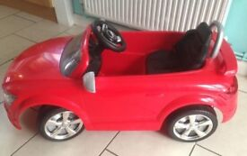 Child's re chargeable battery operated Audi convertible car