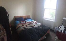 1 Bedroom Flat in Portobello Road £290pw